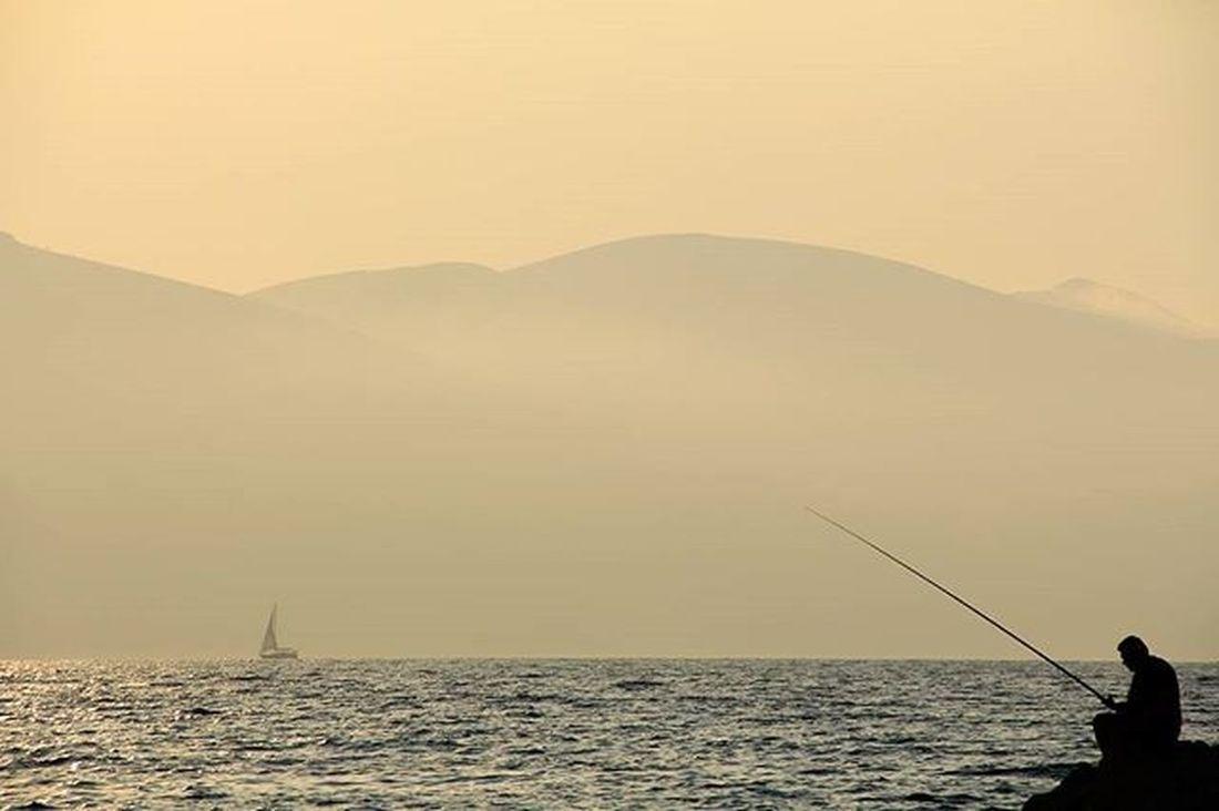 Mare Detijon Ionio Vlore Radhime Albania Shqiperi Perendim Sunset Tramonto Pescatore Peshkatar Fisherman