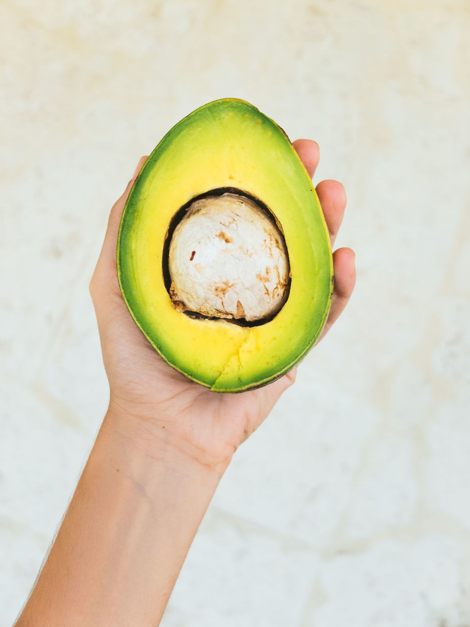 Avocado Composition Food Food And Drink Freshness Hand Healthy Eating Healthy Lifestyle Holding Human Hand Negative Space Organic Vegetable Cuba Cubanfood The Essence Of Summer