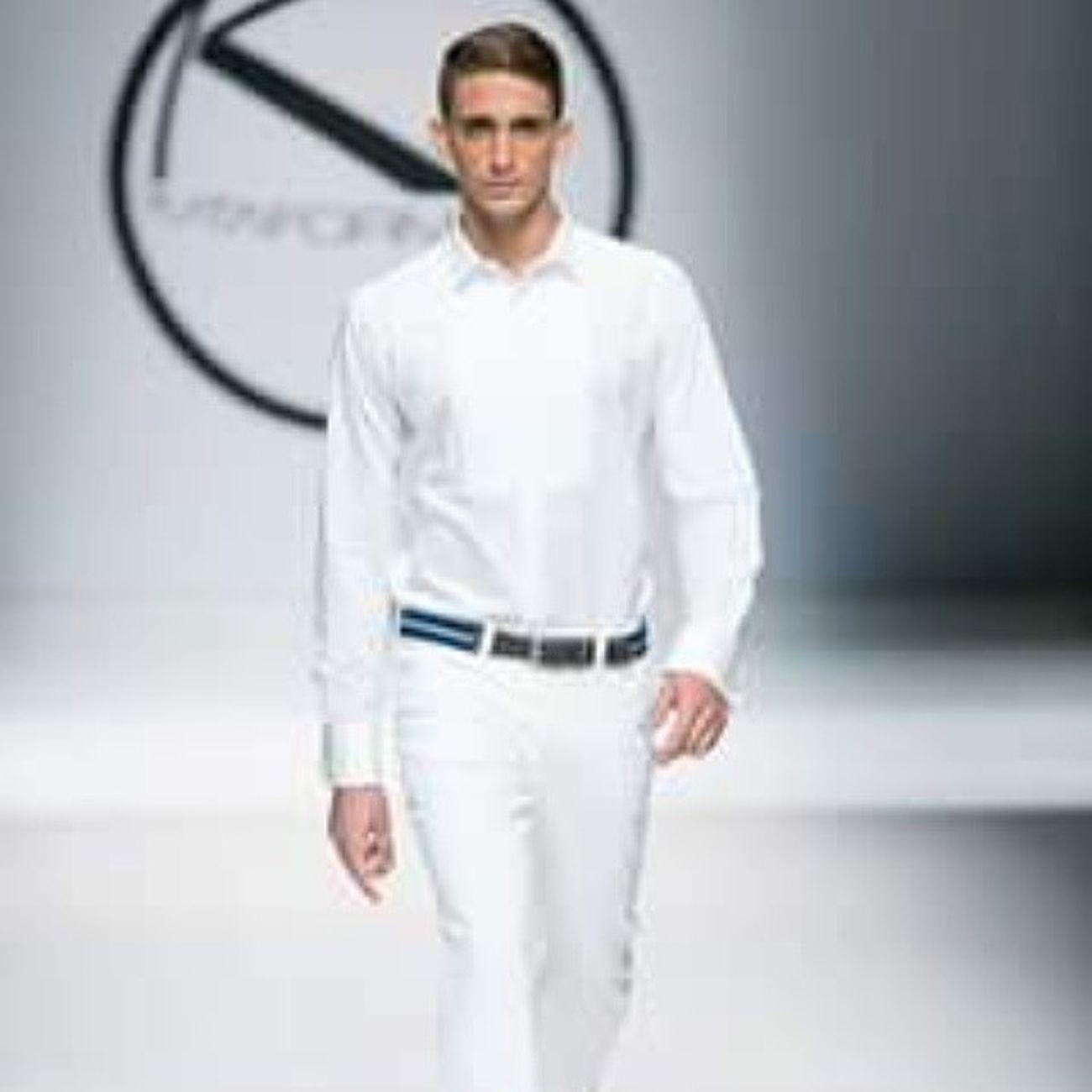 Times Linacantillo Pk Plataformak Runway New negocios malemodel beautifulday photo instagram informamodels @informamidels @chachaposada