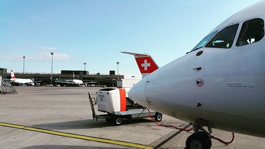 Swissair Swiss Avro Rj100 Travel Airport Sky