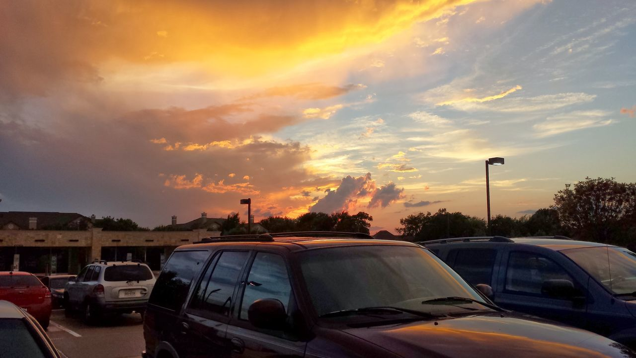 car, land vehicle, transportation, mode of transport, sunset, sky, cloud - sky, no people, stationary, outdoors, nature, day