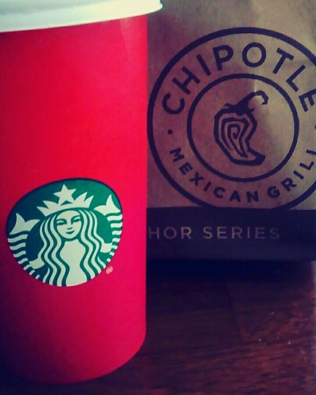 Celebrating my birthday early! My birthday is on the 27th. Birthday Happy Birthday Celebrating My Birthday Relaxing Taking Photos Check This Out Enjoying Life Chipotle Chipotlelife Starbucks Starbucks Coffee Delicious Amazing Yummy Yum