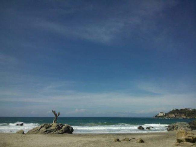 Dicen que uno siempre vuelve a los viejos lugares donde amo la vida Sea Taking Photos Feeling Inspired Surfing Hello World Beautiful PlayaTraveling Enjoying Life Ocean