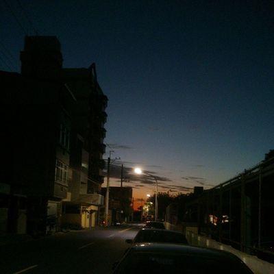 台南入夜 。
