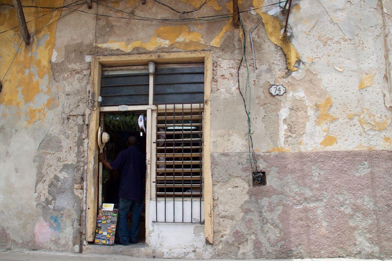 74 Cuba Havana Havanna, Cuba Souvenirs/Gift Shop Traveling Architecture Building Exterior Built Structure Capital Cities  City Cuban Life Door El Prado Havana Street Men No People One Man Only One Person Open Door Outdoors Paseo Del Prado Real People Shop Travel Destinations Been There.