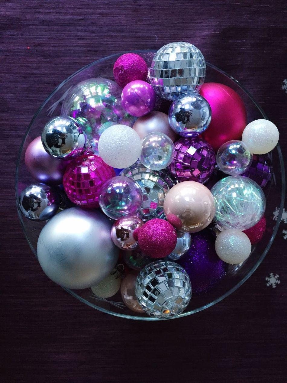 Christmas Indoors  Close-up No People Christmas Decoration Purple Christmas Ornament Christmastime Lieblingsteil