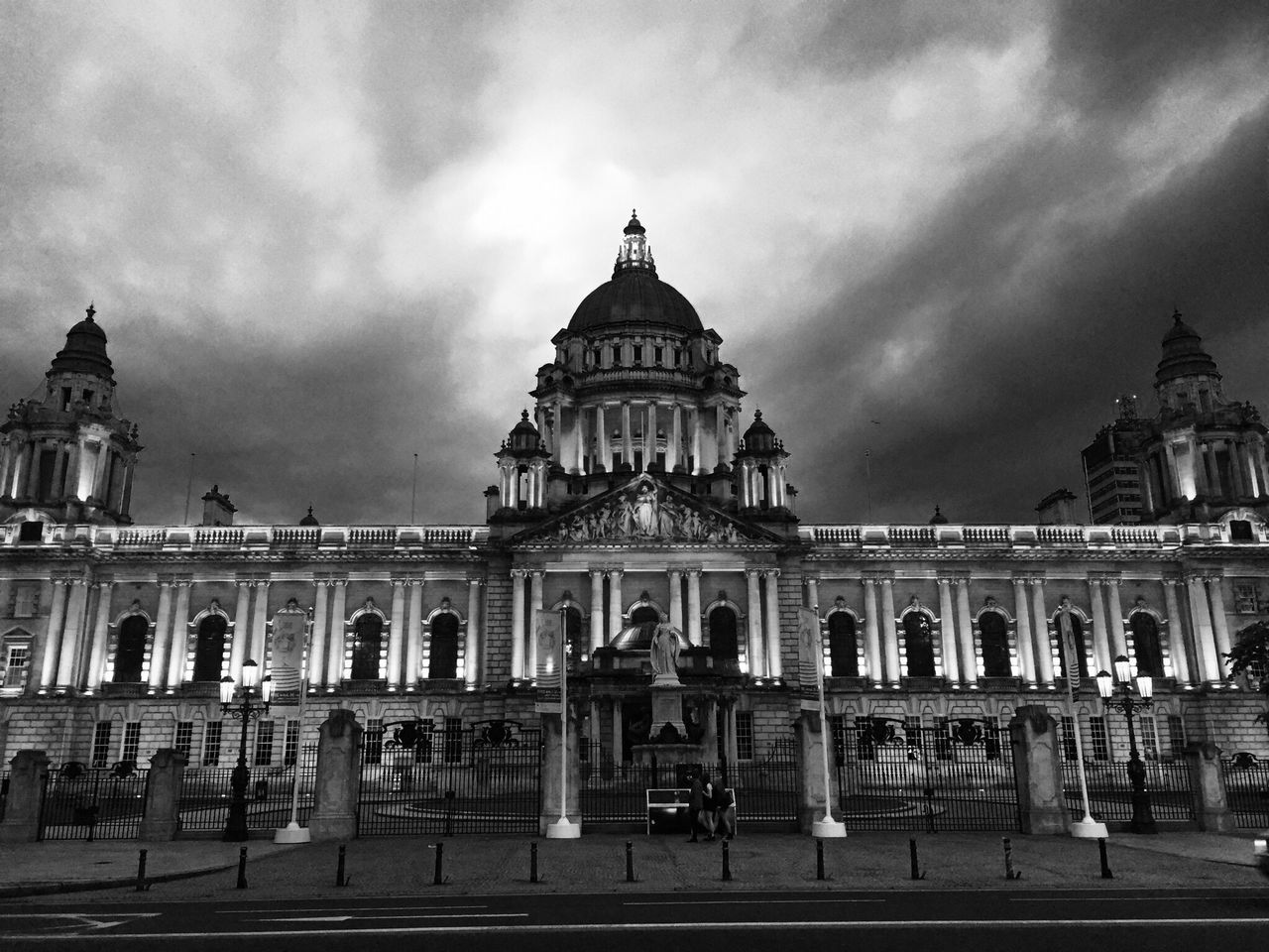 City Hall Belfast. What Who Where Architecture Building Exterior Sky Built Structure Cloud - Sky Travel Destinations Dome Architectural Column Government Outdoors Façade City Large Group Of People Day EyeEm Masterclass Found On The Roll Architecture Famous Places Getty X EyeEm Architecture_collection EyeEm Famous Building Eye4photography  EyeEm Gallery