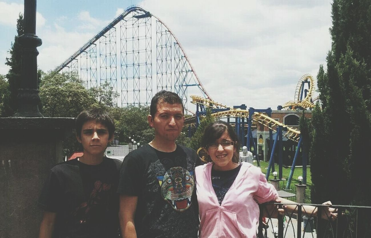 funny moments 2011 That's Me Six Flags Mexico Taking Photos Hello World