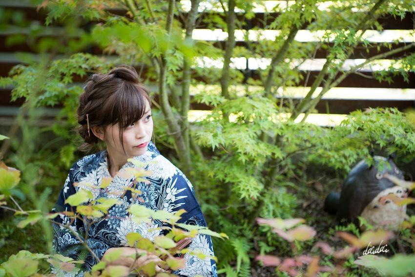 男は美女に気を取られ過ぎてトトロに気付かない D750 Lightroom Edit Girl ポートレート Portrait Portrait Photography Portraitpage Portrait_perfection Portraiture ポートレート始めました 続けていきたいな 月に一度くらいポートレート撮りたいな スタジオパラディ 撮影会 モデル Beautiful Woman One Young Woman Only Japanese Traditional 浴衣 One Woman Only