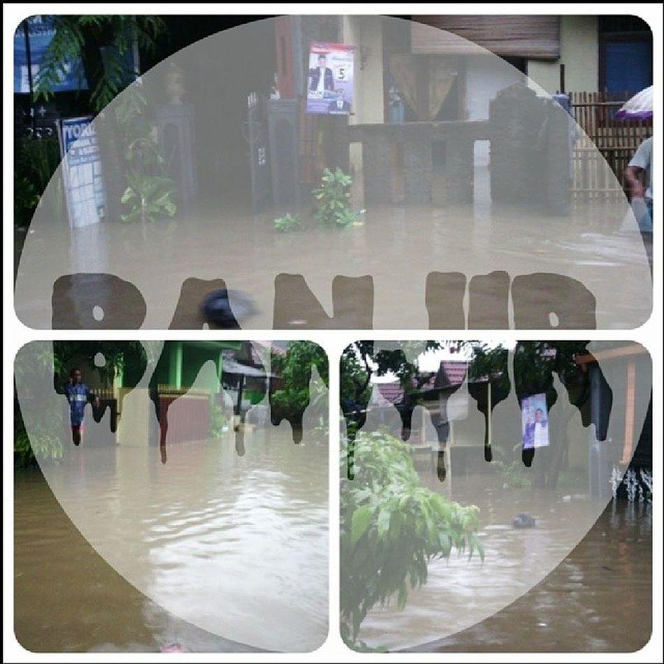Astagfirullah Banjir Griya Tambun Instalike instagram instaurgent instadaily instaphoto instamoment instaworld instatime likelike likephoto like like4like likeme likewomen likeedit instaedit