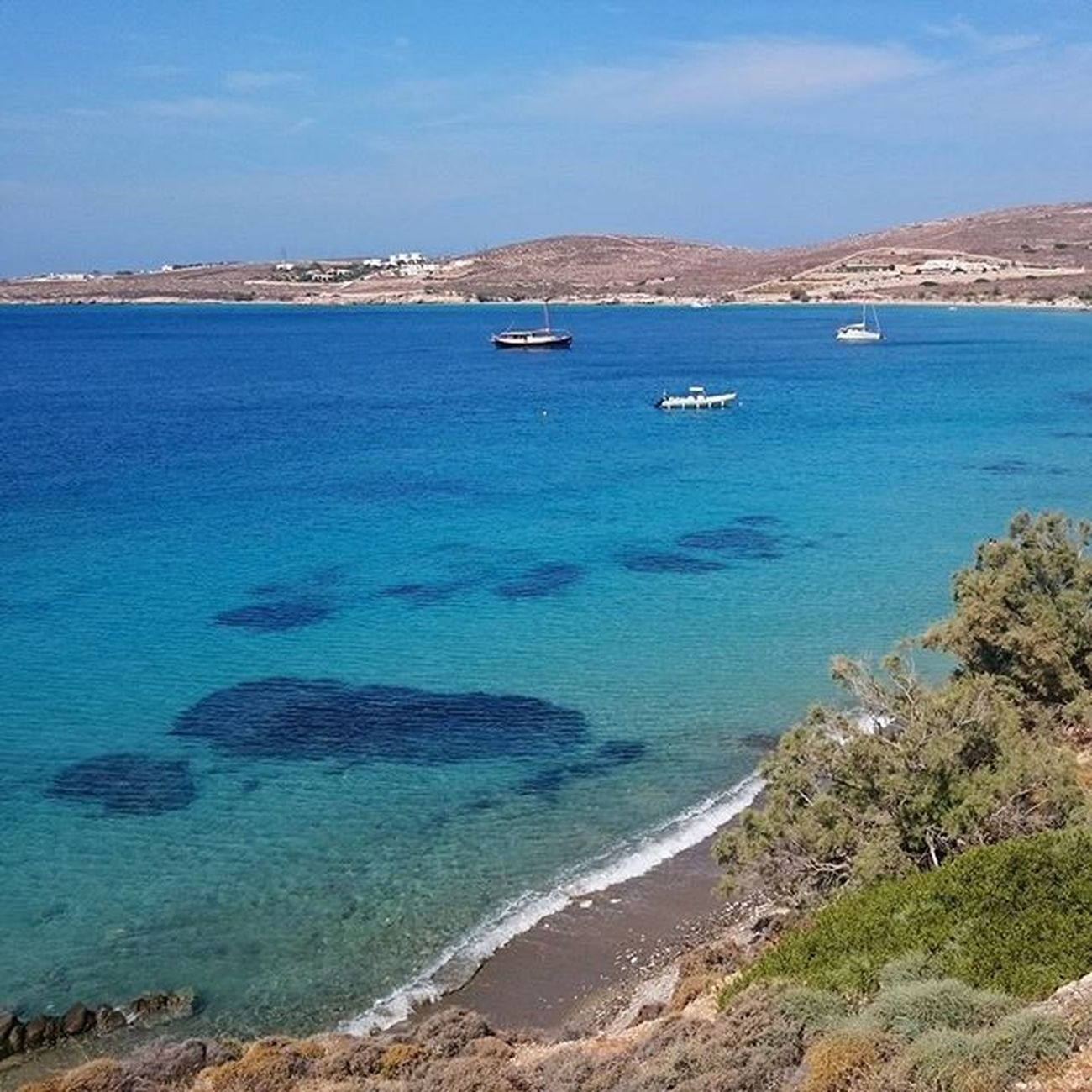 GOING TO KRIOS BEACH, PAROS. THE WALK. THE VIEW. Krios Kriosbeach Pariokia Sun Sand Summer Iloveparos Paros Paro Parosisland Greekislands Greece Greecestagram Summeringreece Blue Enjoy Cyclades_islands Cyclades View Beach
