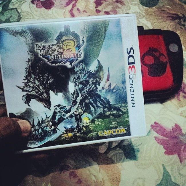 I can't stop.... Monsterhunter3ultimate Huntersgonnahunt Localplay Nintendo3dsxl epicmonsters epicquests coolweapons awesomearmors