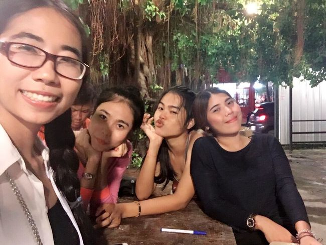 Ladies don't touch camera and phone Lol :) Taking Photos Lotofpictures Mlife Hanging Out Girlsnightout Meeting Friends Gossip Girl Spending Time Love Bestfriend