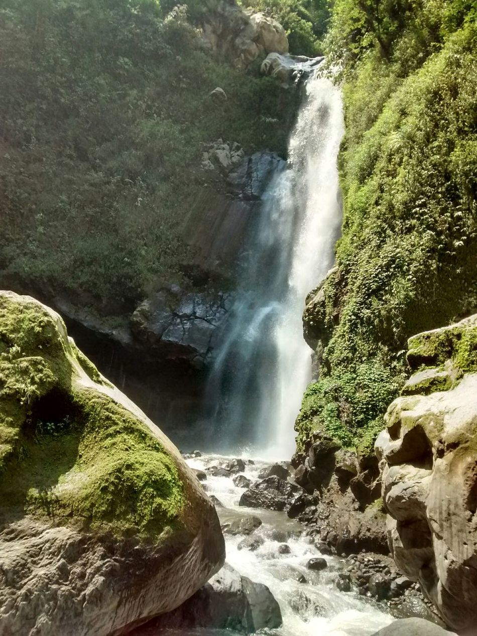 The view of Kedung Kayang waterfall, 40m drop. Taken with Motorolamotog Waterfall Muntilan Air Terjun Kedung Kayang EyeEm Nature Lover Eyeemindonesia NoEditNoFilter