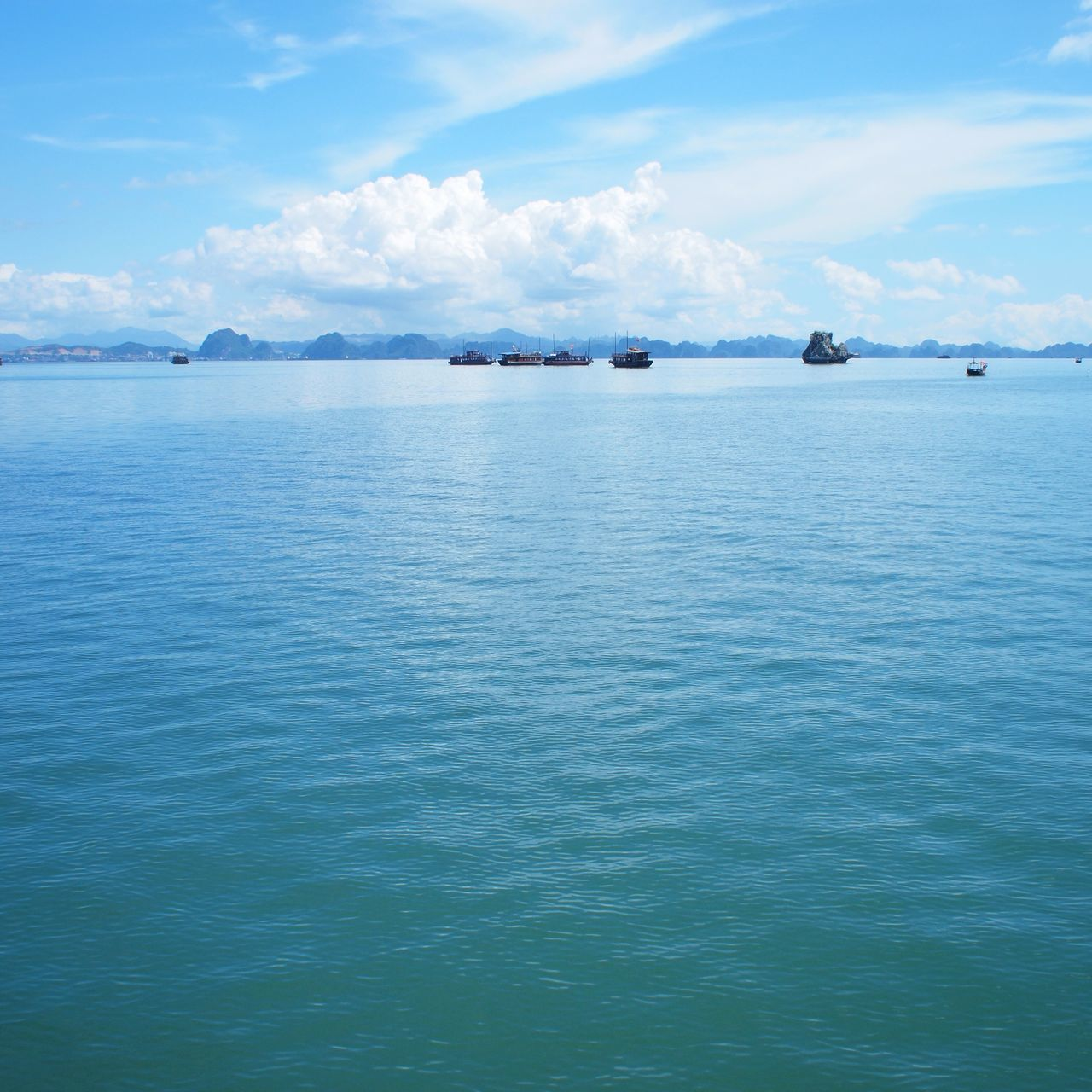 Halong Bay  Vietnam Travel Sea