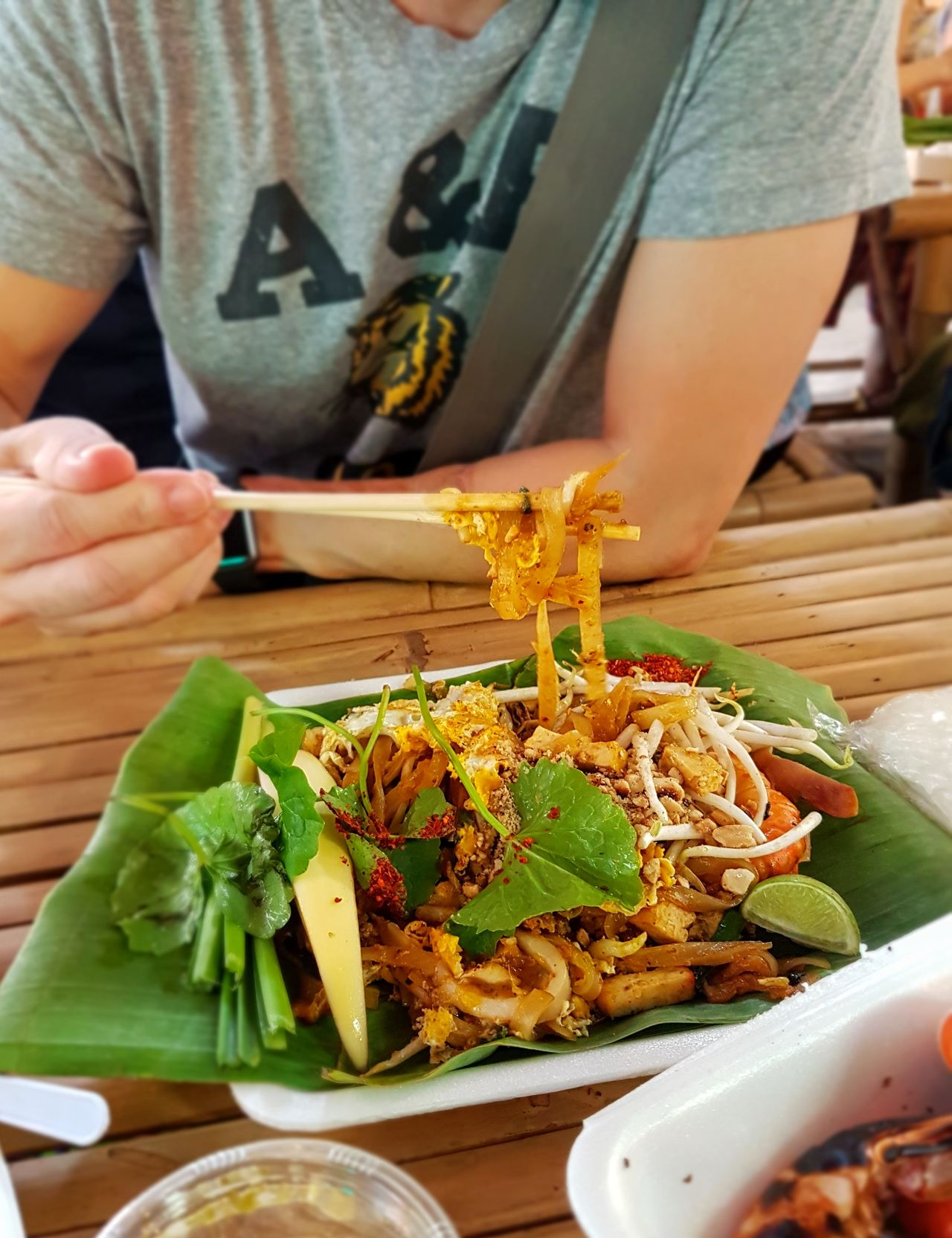 Street Food Worldwide Phadthai Street Food Chopsticks
