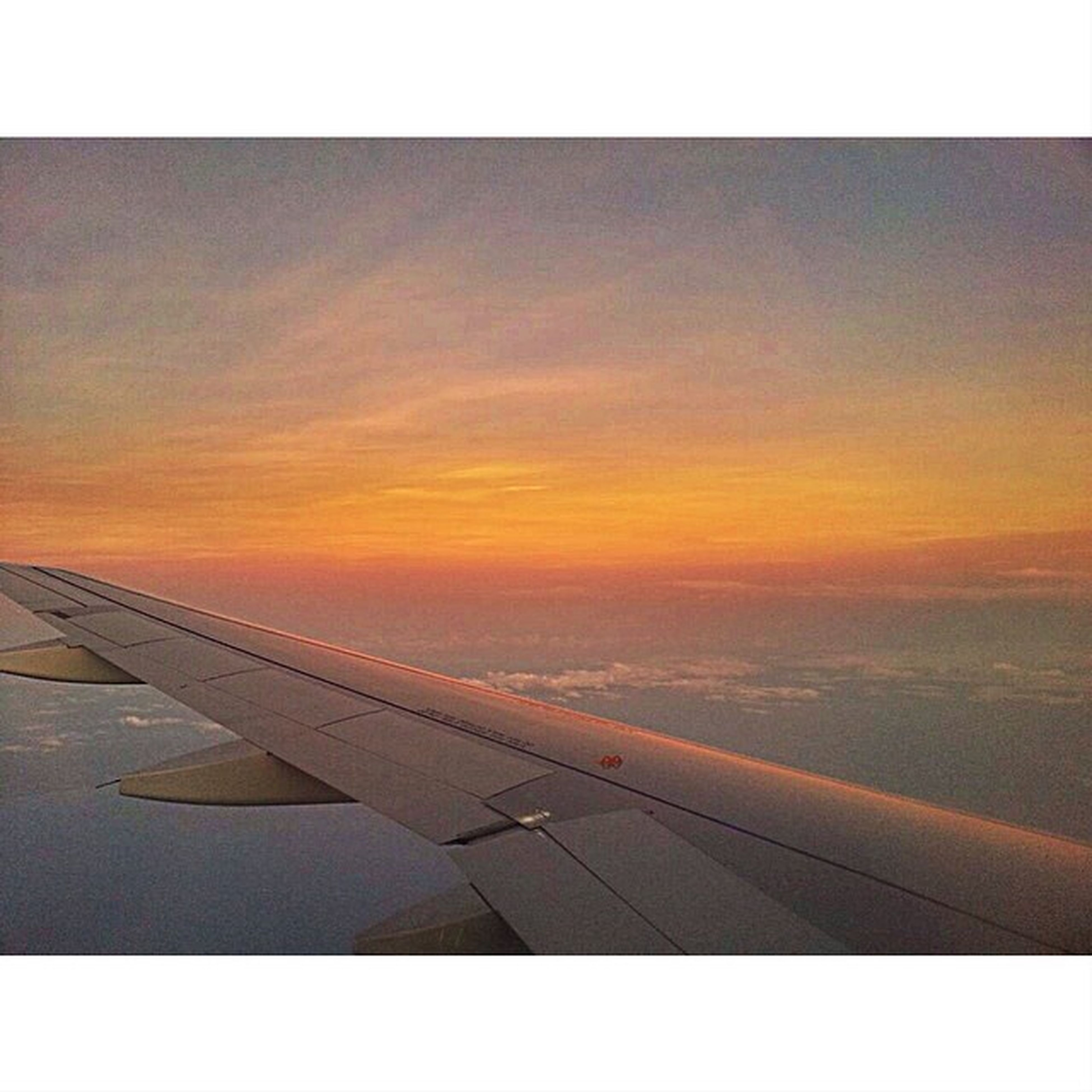 IPhone5 HDR Random Fromyseatwindow sky colors dawn
