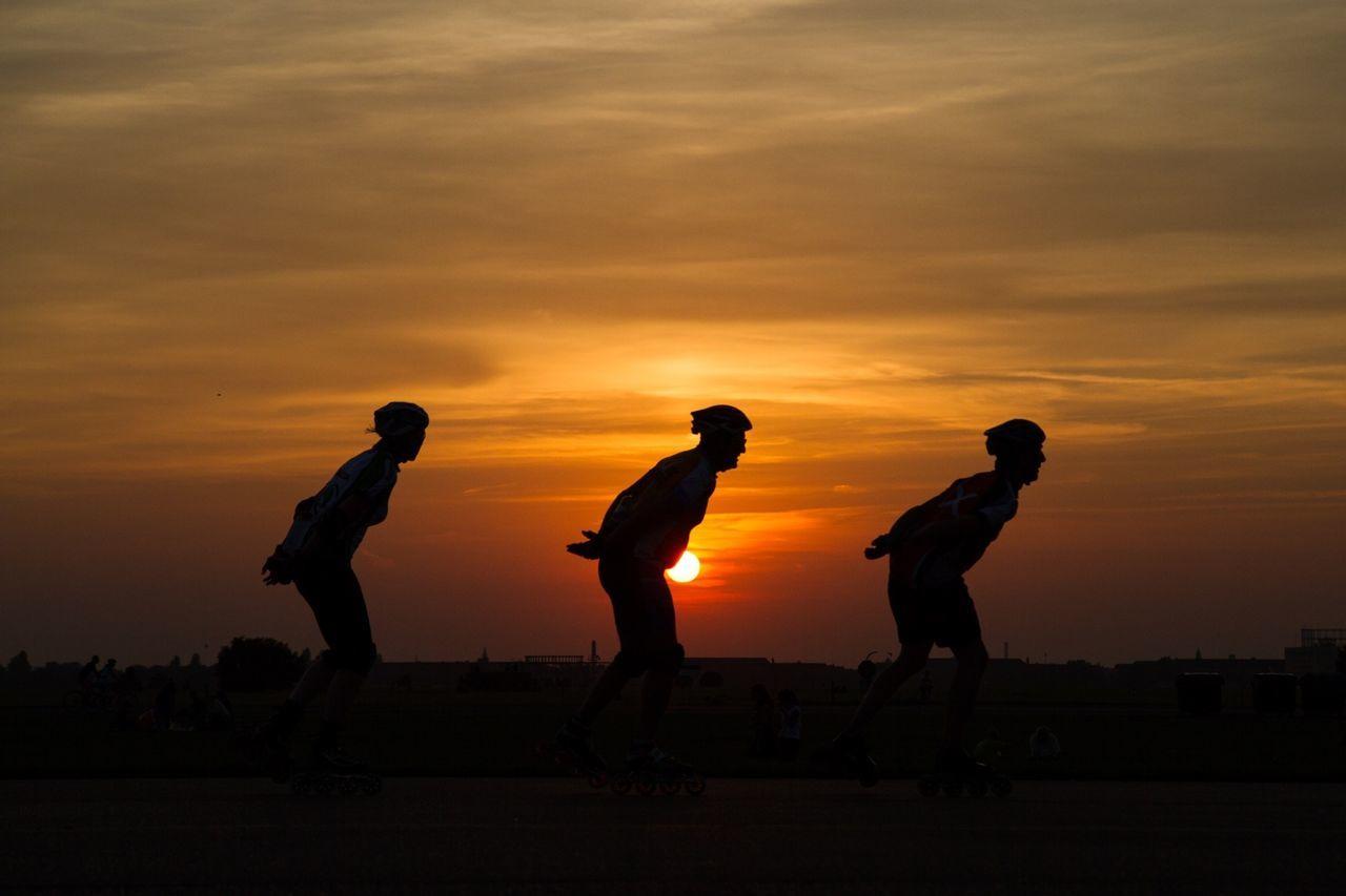 Sunset Tempelhofer Feld Skating RePicture Team The Action Photographer - 2015 EyeEm Awards 43 Golden Moments