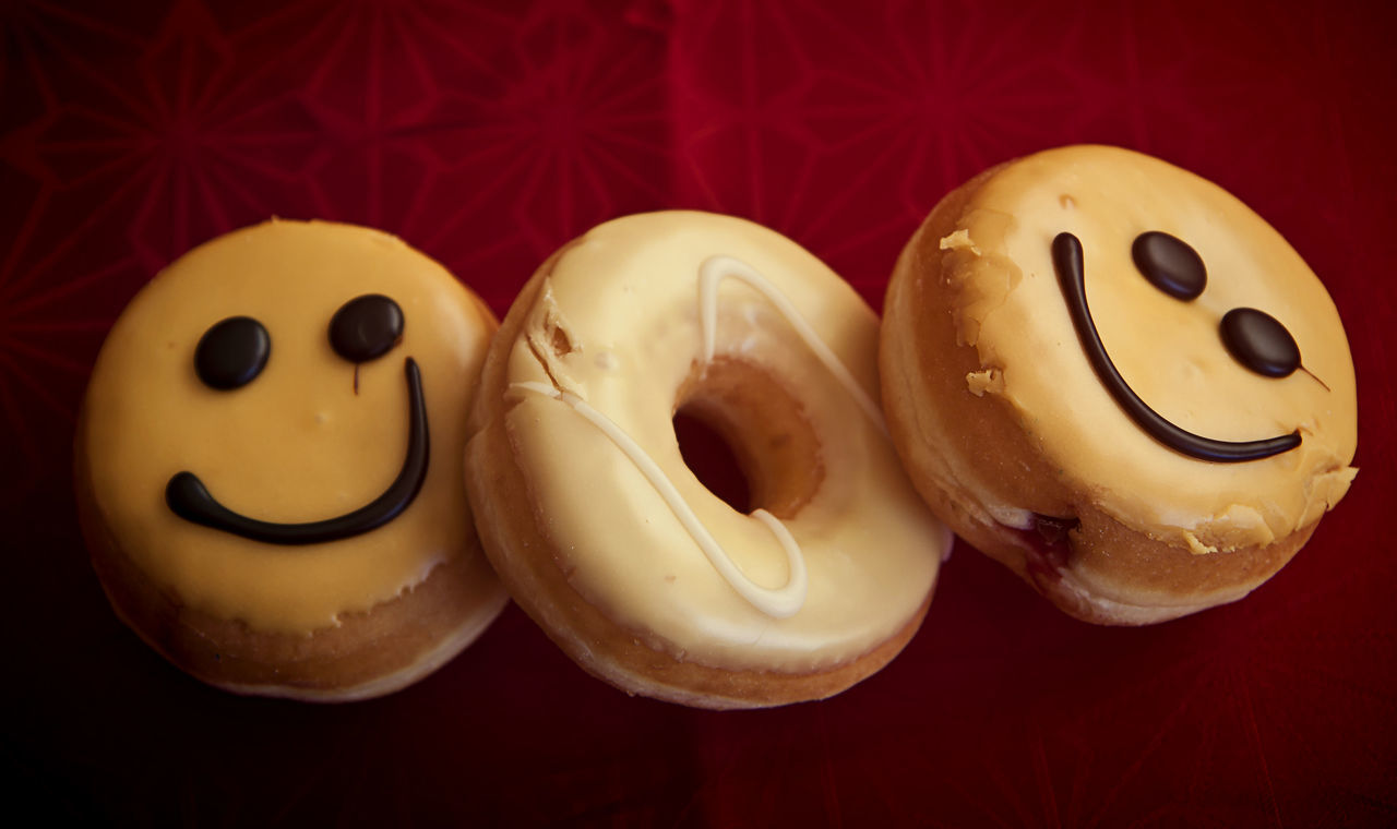 Doughnuts with glazed cream and smiley chocolate decoration Bakery Cake Chocolate Creativity Dessert Desserts Donuts Dough Doughnuts Fried Glazed Cream Holiday Pastry Round Smiley Face Sugar Sweet Toppedwithpoachedegg Treat