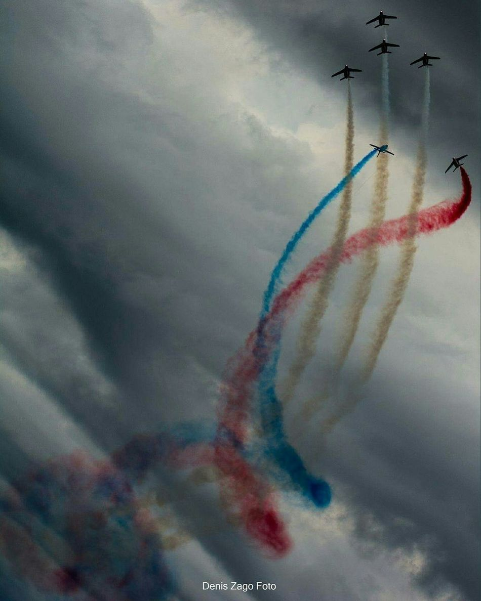 Airshowphotography Patrouille De France Smoke - Physical Structure Fighter Plane Speed Motion No People Multi Colored Flying Outdoors Sky NikonD7100 Smokecolor Airshow Day Acrobatic Flight