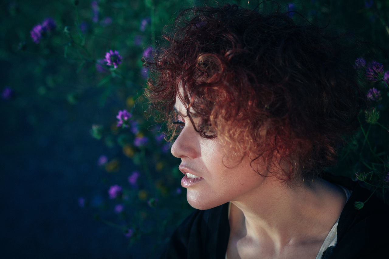Beautiful stock photos of woman, 30-34 Years, Caucasian Ethnicity, Curly Hair, Day