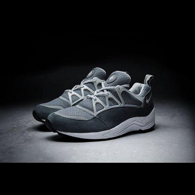 Nike Footpatrol Airhuarachelight i want !!!!