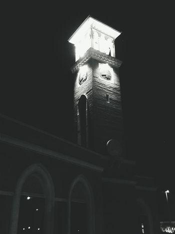 Ташкент сквер  вечером