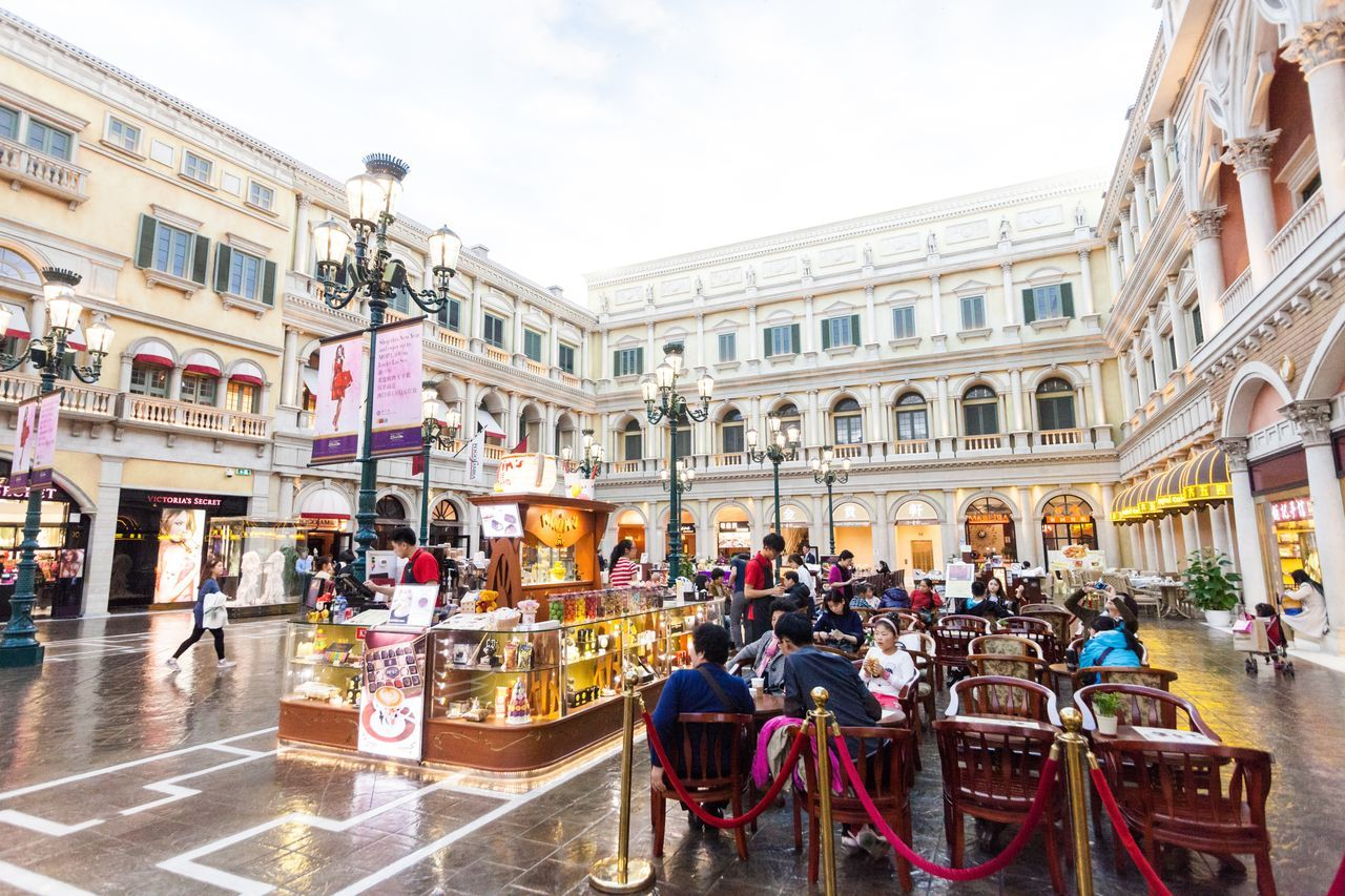 The Venetian Macao is a luxury hotel and casino resort in Macau owned by the American Las Vegas Sands company. Architecture Building Exterior Casino Chair City City Life Cotai CotaiStripMacau Cultures Day Hotel Interior Interior Design Macao  Macao China Macau Macau, China Restaurant Shopping Shopping ♡ Sidewalk Cafe The Venetian The Venetian Macau Resort Hotel Travel Destinations Venetian