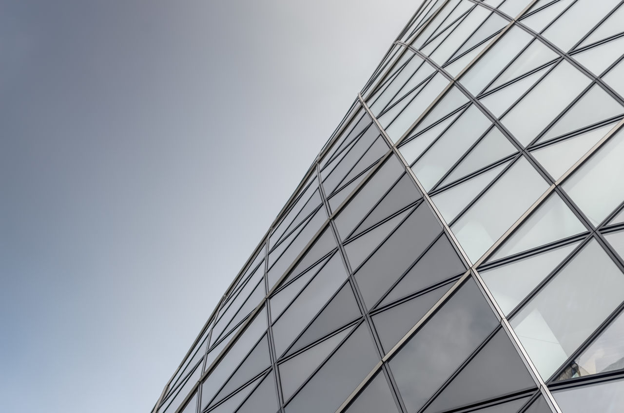 No People Minimalism Minimal City Glass Architectual Detail Windows Window Architecture Building Exterior Looking Up Lookingup Office Building Architectural London Close-upArchitecture Low Angle View Built Structure