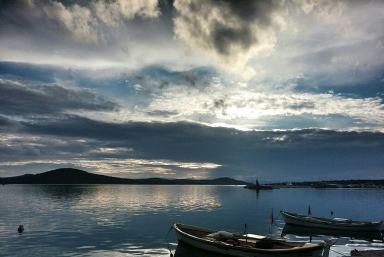 Relaxing Enjoying Life Turkeyphotooftheday Sky Sky And Clouds Sunset