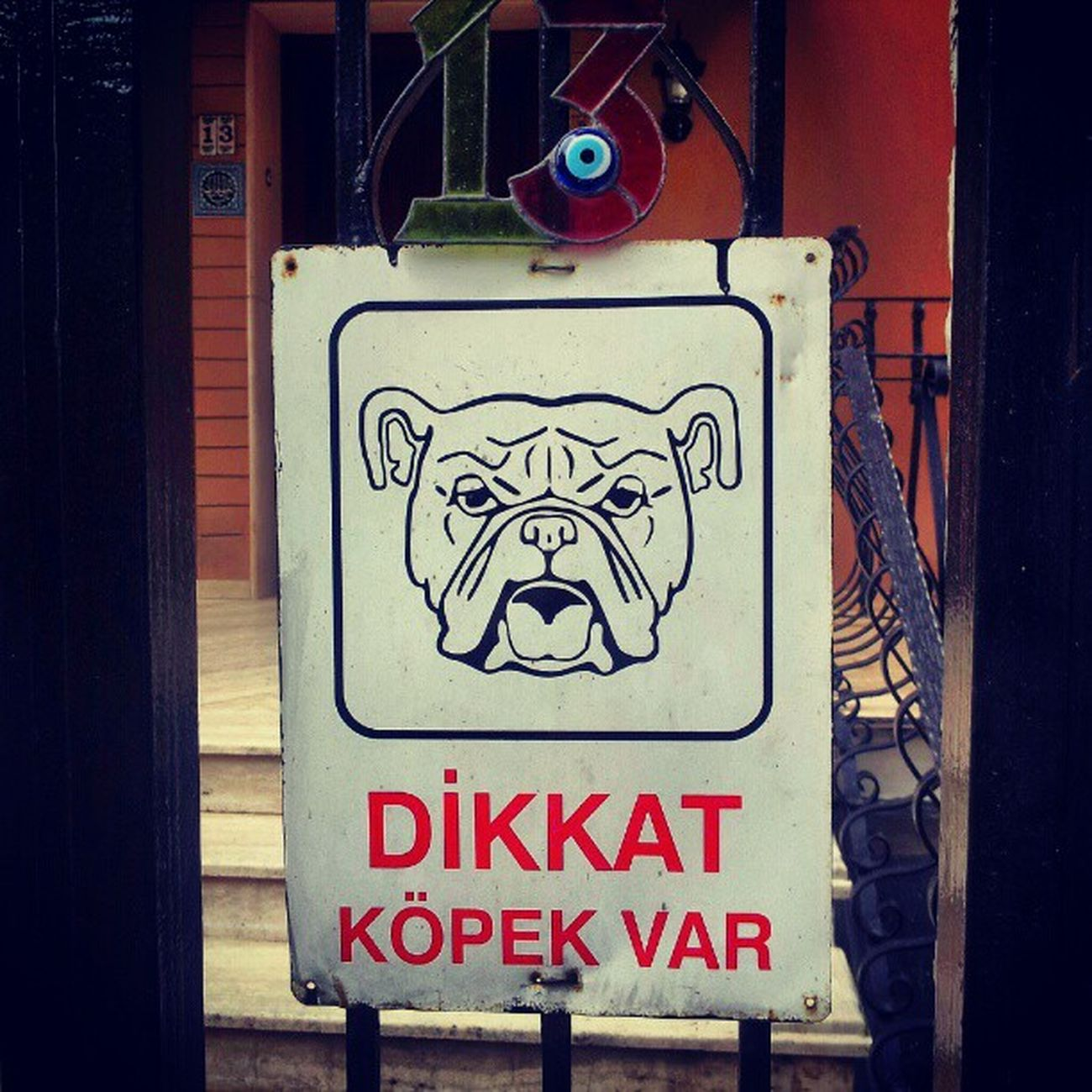 Dikkatköpekvar Dangerdog