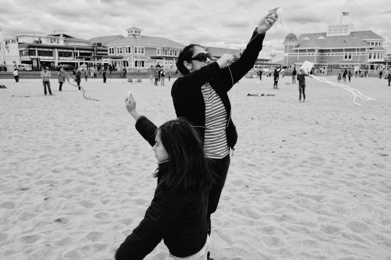 flyng a kite on the beach. The Street Photographer - 2016 EyeEm Awards The Moment - 2016 Eyeem Awards The Great Outdoors - 2016 EyeEm Awards Beach New Hampshire New England  Travel Monochrome Photography Black & White My Year My View