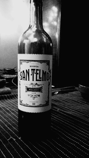 Black And White Friday Winery Wine Bottle Argentinean Wine Table