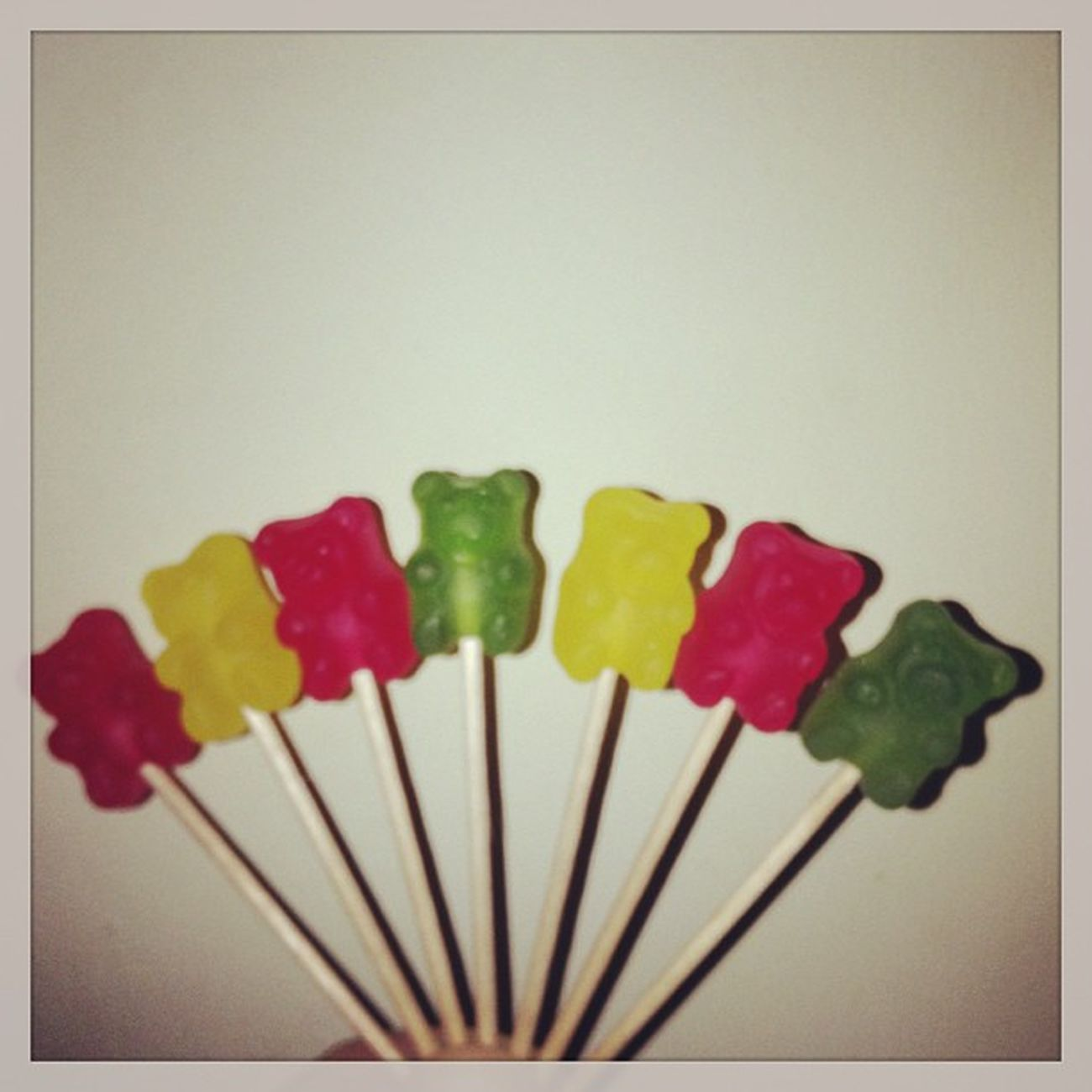 ???Mogul Ositos Bears Red yellow green yummy addict