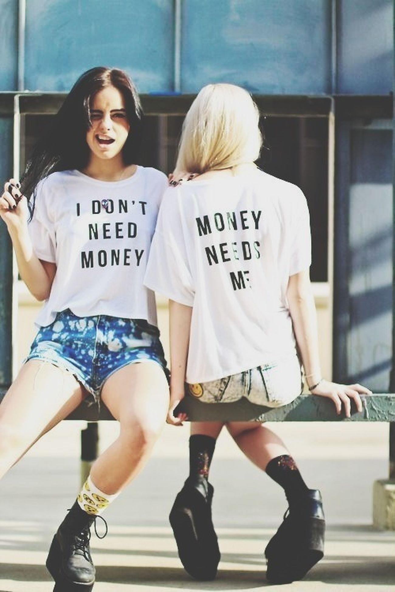 i don't need money, money needs me. Pretty Girl Enjoying Life Dreamer. Don't Need Money