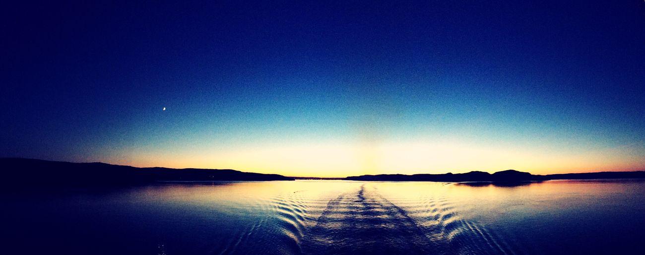 Sunset montreal canada Canada Montréal Sunset Shiplife Viking First Eyeem Photo
