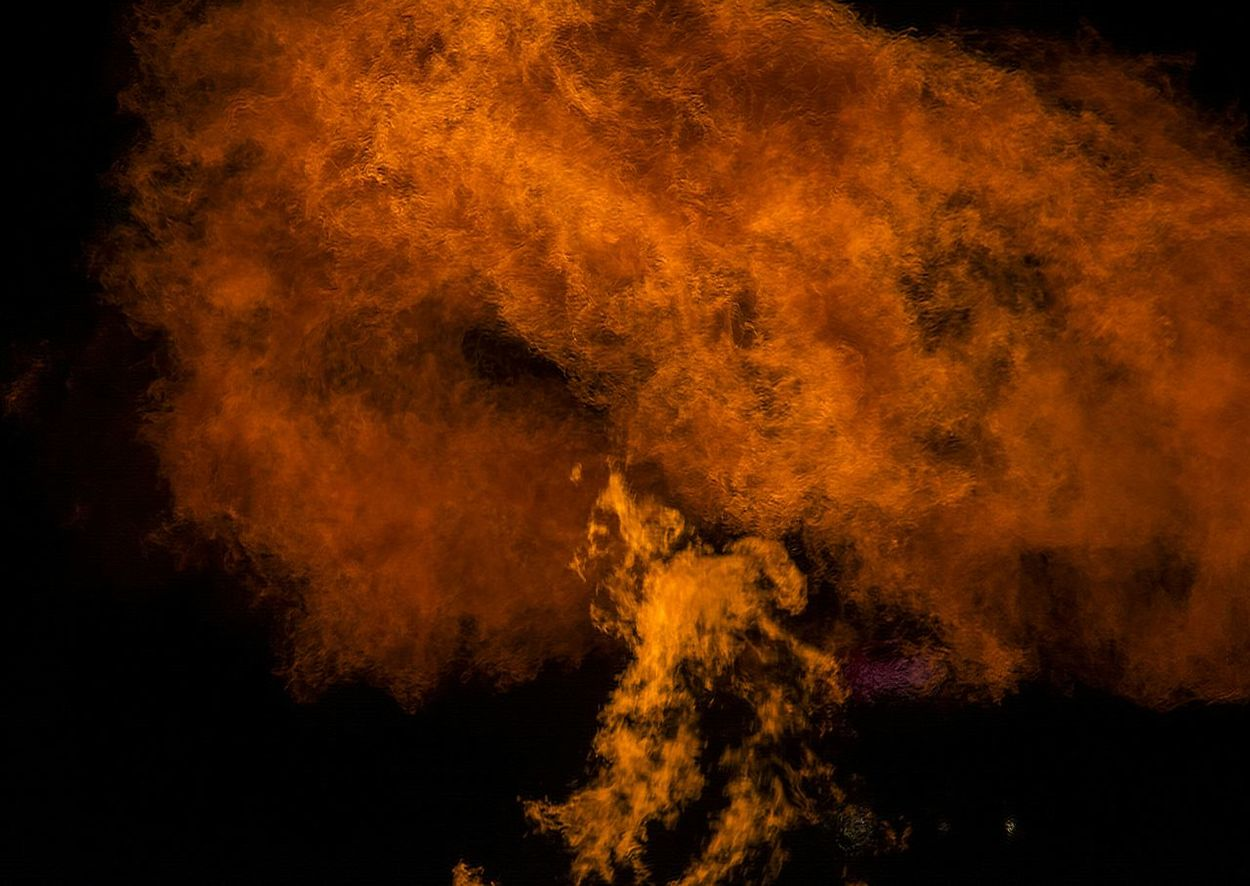 Flames Artistic Photo Nightphotography Cityscapes An Object Of Beauty.