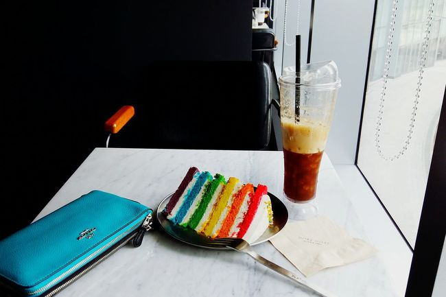 Food And Drink Multi Colored Colorful Cake Coffee Americano Rainbow Colors Rainbow Seat By The Window Dessertoftheday Cake And Coffee