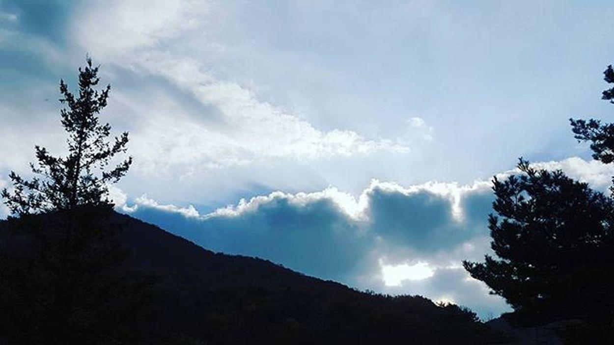 가을하늘 범어사 부산 Busan 바다 일상 데일리 사진 여행 일상공유 맞팔 Sotong 미러리스카메라 Follow Followme Photo Travel Daily Southkorea