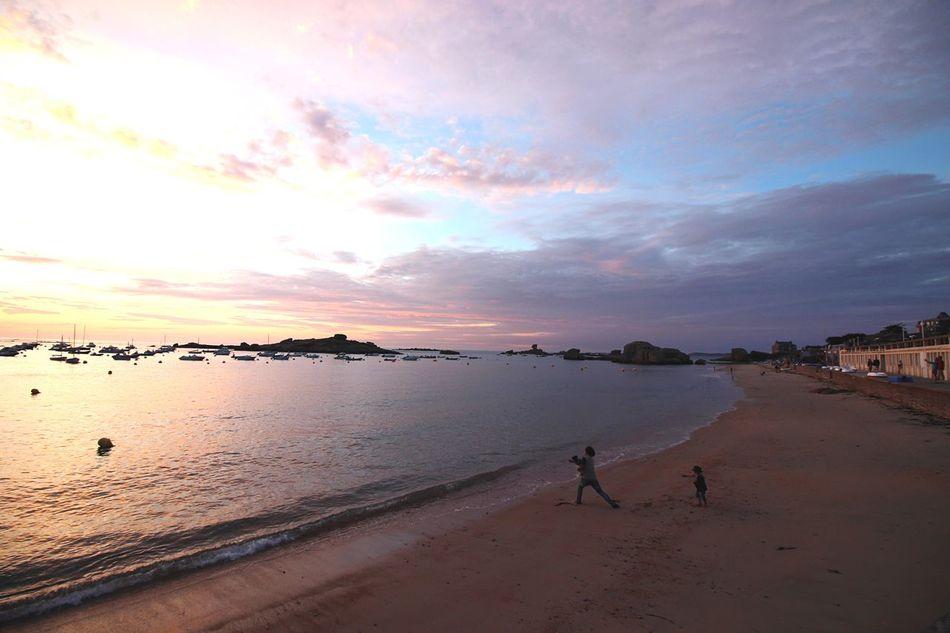 Bretagnetourisme Sunset Beach Father Son
