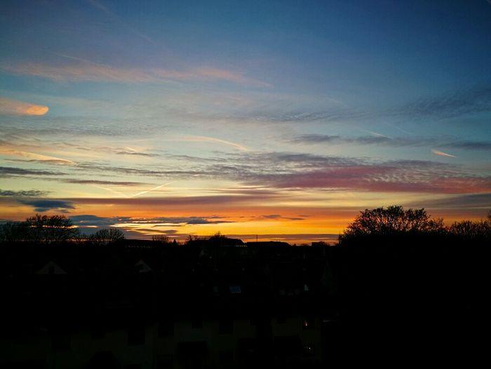Sonnenuntergang Himmel Verfärbt Himmel über Essen Natur