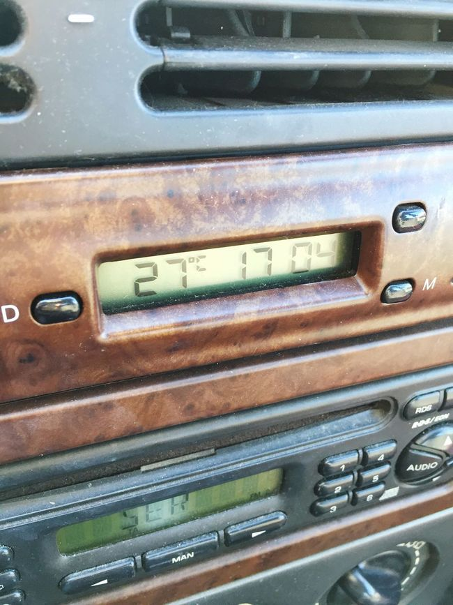 Close-up Technology Full Frame Push Button Old-fashioned Mailbox Stationary Extreme Close-up Engineering Hot Day Heat Wood Clock Temperature Thermometer