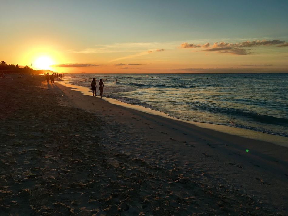 Cuba Cuba 2015 Varadero Beach Beachphotography Sunset Sunset_collection Sunset Silhouettes Hanging Out Check This Out Hello World Taking Photos Enjoying Life Picoftheday EyeEmBestPics