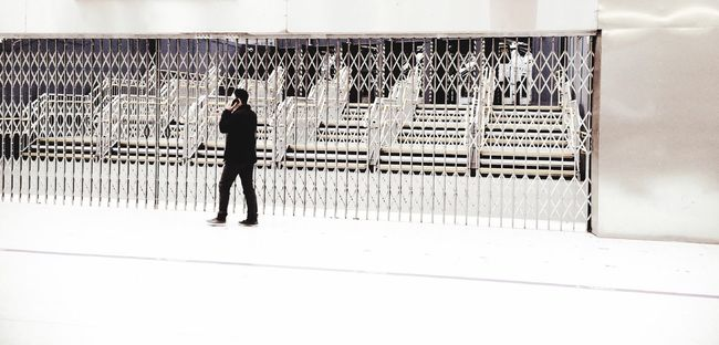Everyday People People With Mobiles Matrix Grid Peoplephotography Passing By Lerone-frames Streetphoto_color Underground Rule Of Thirds White Album People Watching The White Album People With Smartphones
