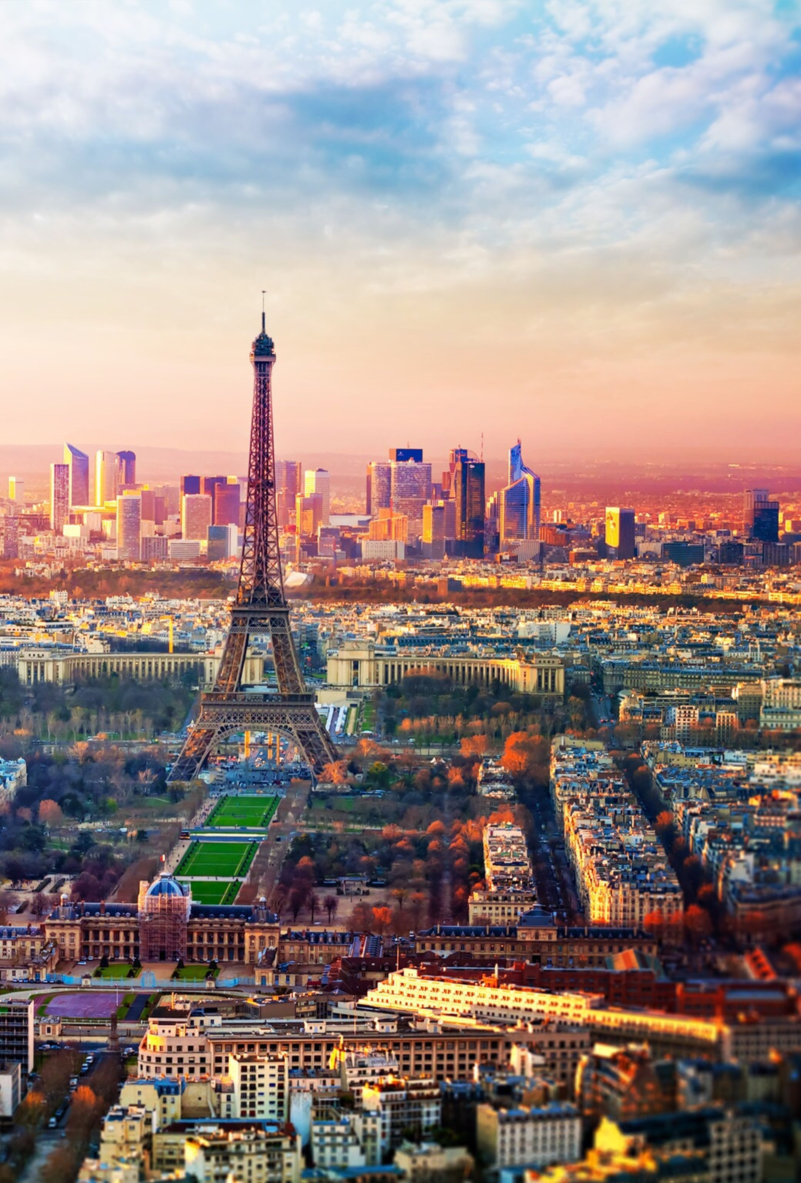 architecture, building exterior, built structure, city, cityscape, tower, tall - high, skyscraper, international landmark, capital cities, travel destinations, famous place, sky, tourism, sunset, travel, modern, crowded, city life, urban skyline
