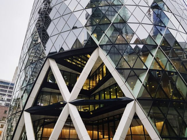EyeEm Selects Thegherkin Architecture Built Structure Outdoors Buildings London Lifestyle Sky