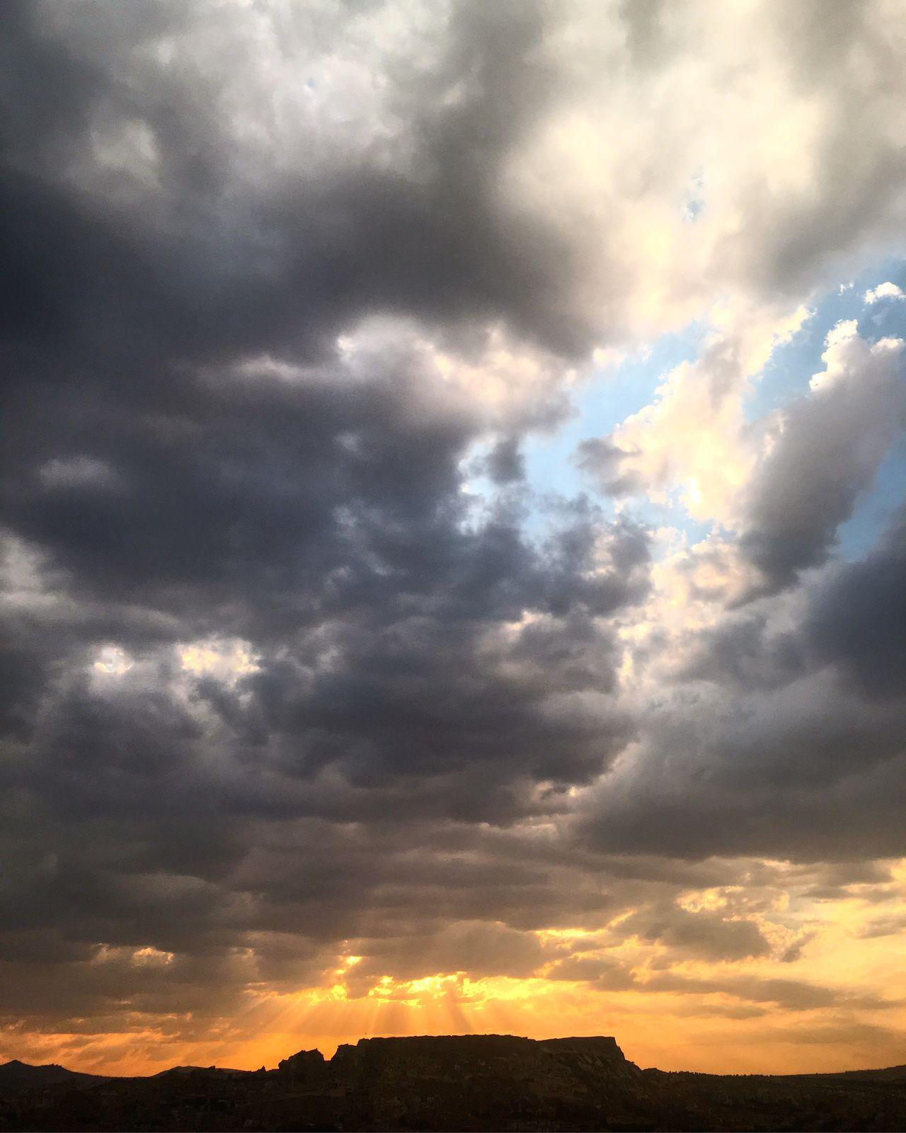 Googevening Iyiaksamlar Landscape Cloud Clouds Cloudscape Skyporn ürgüp Sun Sunset Sunshine IPhoneography