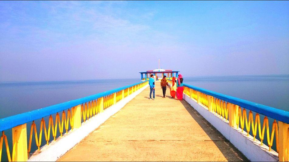 Vanishing Point Lovely Weather Beautiful Day Peace And Quiet Gurudwara