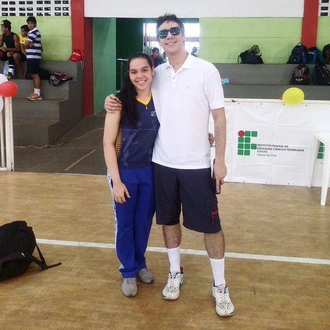 Dia de jogo da minha prima @aliciafreitasn Ela atleta! Eu árbitro! Boa sorte! 😘😘😘 Familiafreitas Voleibol VôleiRR