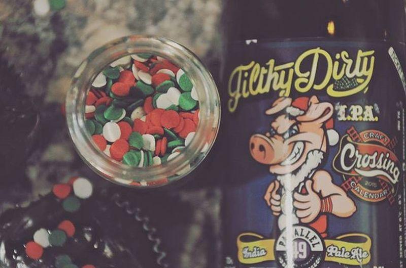 Day7 Craftcrossingcalendar Beercalendar Adultadventcalendar Parallel49brewing Craftbeer Beer Filthydirty Indiapaleale Beerandcupcakes Cupcakesandbeer Sprinkles Christmas Christmas2015 Beerandbaking
